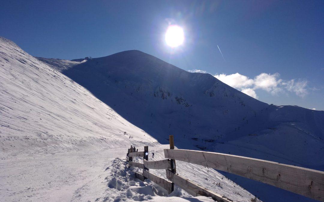 Valdezcaray con mucha nieve y condiciones perfectas de tiempo este mes de febrero en el valle de Ezcaray